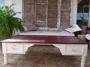 BUREAU transformé en table basse relookée, les Ateliers d'Anis Réunion
